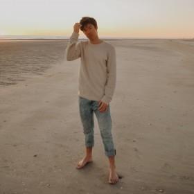 Men's Straight Legged Jeans