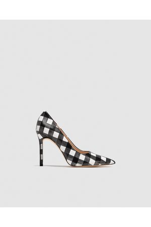 Zara CHECKED HIGH HEEL COURT SHOES
