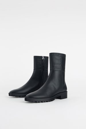 Zara FLAT TRACK SOLE ANKLE BOOTS