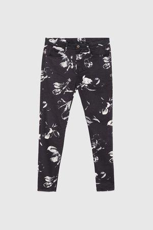 Zara Pants & Shorts - FLORAL PRINT TROUSERS