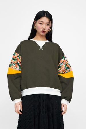 Zara Sweatshirt with contrast floral print sleeves