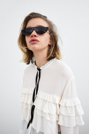 Zara Ruffled blouse with bow