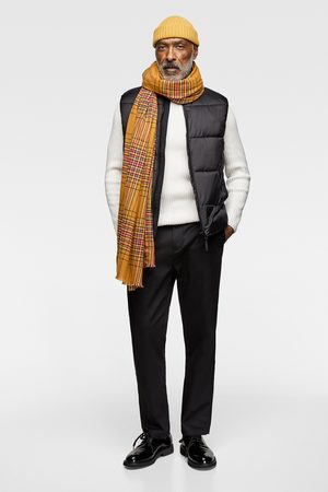 Zara Puffer gilet with contrast trims