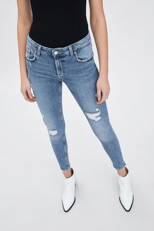 16fd5717 Low-rise skinny compact jeans