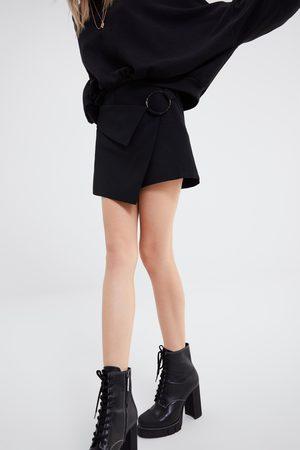 Zara Women Skorts - Buckled bermuda skort