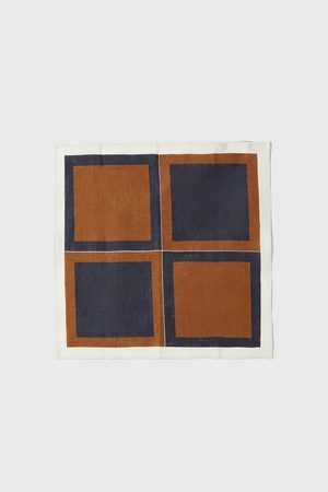Zara Contrast square print pocket square