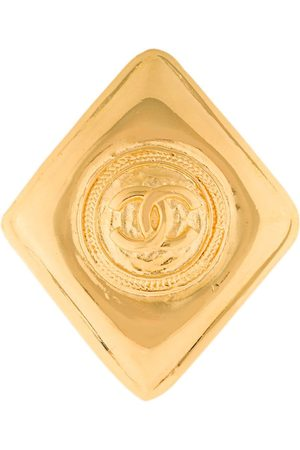 CHANEL CC diamond brooch