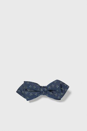 Zara Floral jacquard pointed bow tie