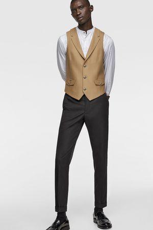 Zara Buttoned textured waistcoat