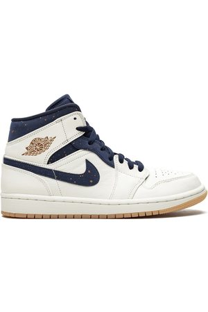 Jordan Air 1 Mid Jeter sneakers