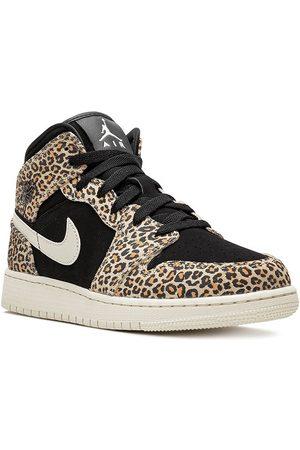 Jordan Air 1 Mid SE high top sneakers