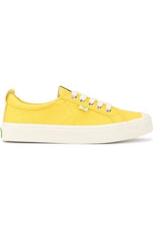 CARIUMA Low top OCA sneakers