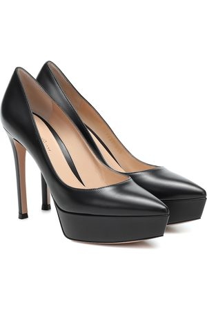 Gianvito Rossi Dasha leather plateau pumps