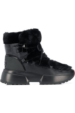 Michael Kors Cassia sherpa-trimmed snow boots