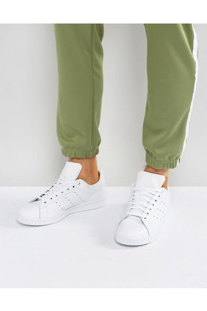 adidas Stan Smith Trainers In S75104