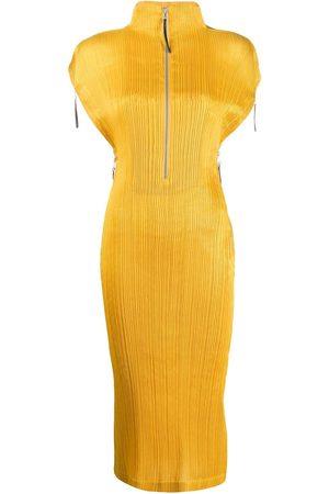 Issey Miyake Women Midi Dresses - 2000s plissé midi dress