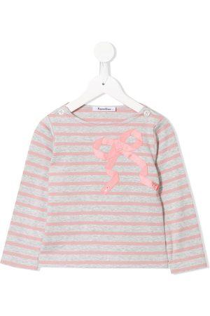 Familiar Long sleeve appliqué bow T-shirt