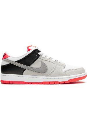 Nike SB Dunk low-top sneakers