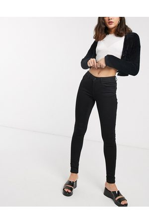 Noisy May High waisted body shaping jean in