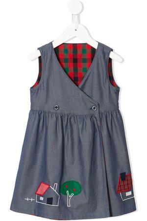 Familiar Sleeveless off-centre buttoned dress