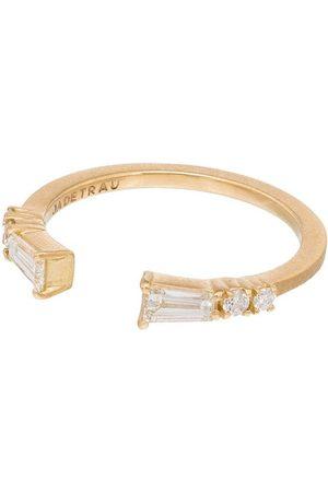 Jade Trau 18kt gold Astor diamond ring