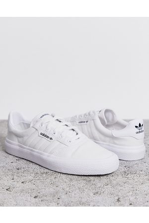 adidas 3MC trainers in