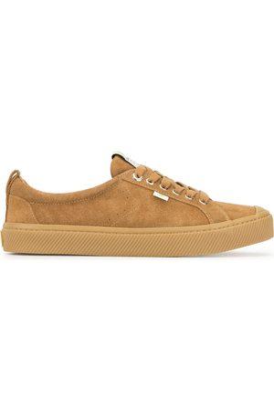 CARIUMA OCA Low All Camel Suede Sneaker