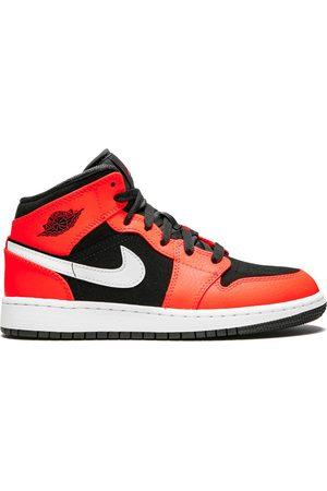 Nike Boys Sneakers - TEEN Air Jordan 1 Mid sneakers