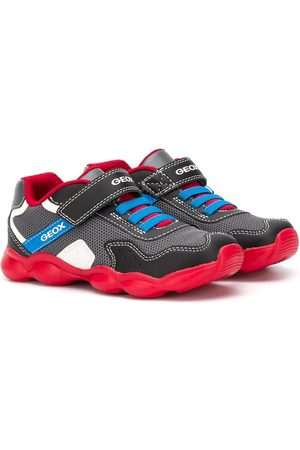 Geox Boys Sneakers - Contrast panel touch strap sneakers