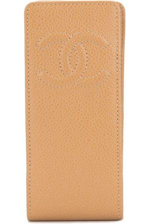 CHANEL CC phone pouch