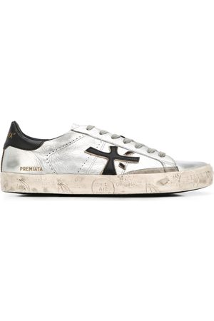 Premiata Low top Steven distressed-effect sneakers