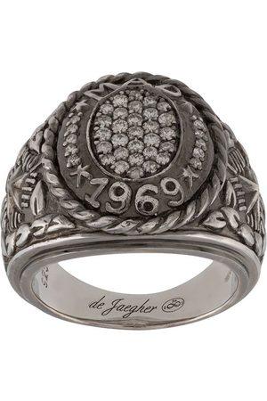 DE JAEGHER Engraved signet ring