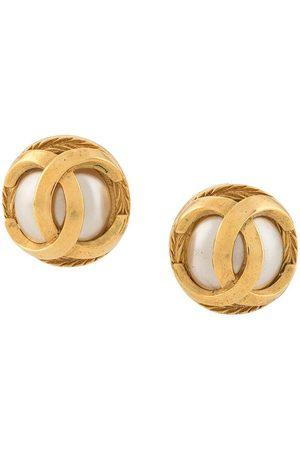 CHANEL 1975-1985 interlocking CC earrings