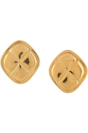 CHANEL 1975-1985 quilted button earrings