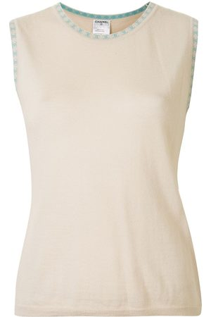 CHANEL 2001 CC round neck sleeveless top