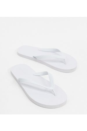 ASOS Wide Fit flip flops in