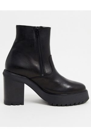 ASOS Heeled chelsea boots in leather with zip detail on platform sole