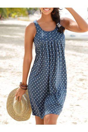 YOINS Casual Geometric Print Pleated Round neck Sleeveless Midi Dress