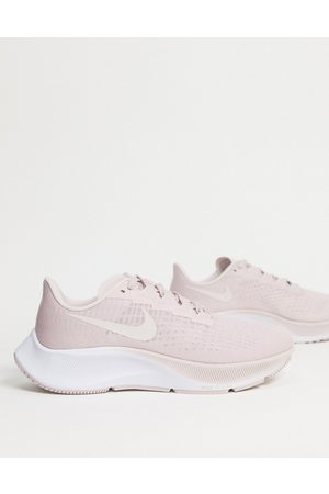Nike Air Zoom Pegasus 37 trainers in pink