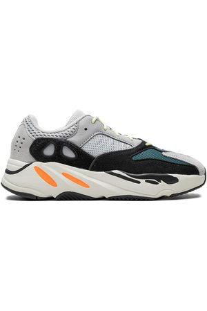 adidas Yeezy Boost 700 Kids sneakers