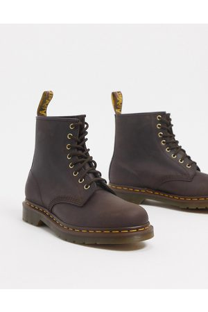 Dr. Martens 1460 8-eye boots in