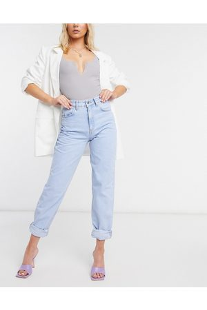 ASOS DESIGN High rise 'slouchy' mom jeans in brightwash