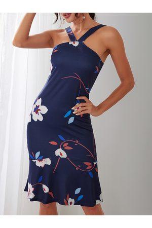 YOINS Random Floral Print Fishtail Dress