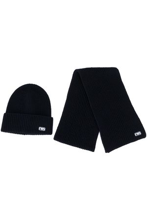 Emporio Armani Logo patch hat scarf set
