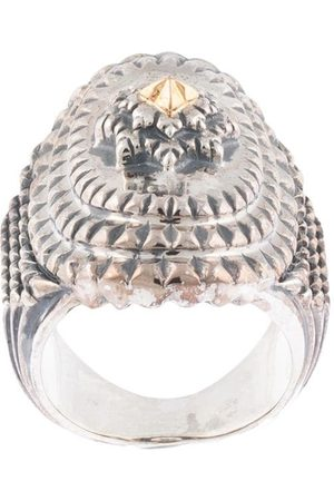 Natural Instinct Chunky engraved ring