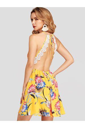 YOINS Floral Print Halter Deep V-neck Lace Detail Chiffon Mini Dress