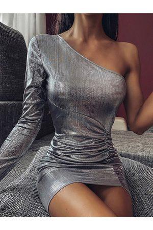 YOINS Silver Metallic Ruched Slit Hem One Shoulder Dress