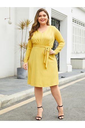 YOINS Plus Size Yellow Belt Design Dress