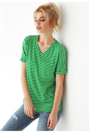YOINS Stripe V-neck Pocket Short Sleeves Tee