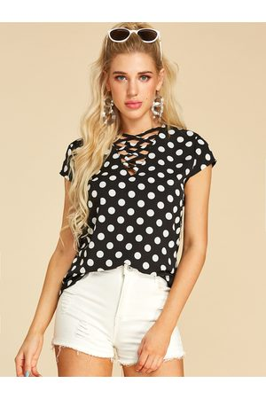 YOINS Women T-shirts - Criss-cross Polka Dot Crossed Collar Tee